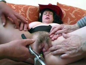 Free hairy mature pussy pics