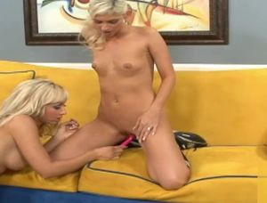 Xxx video hot mom