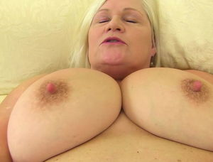 Mature puffy pussy